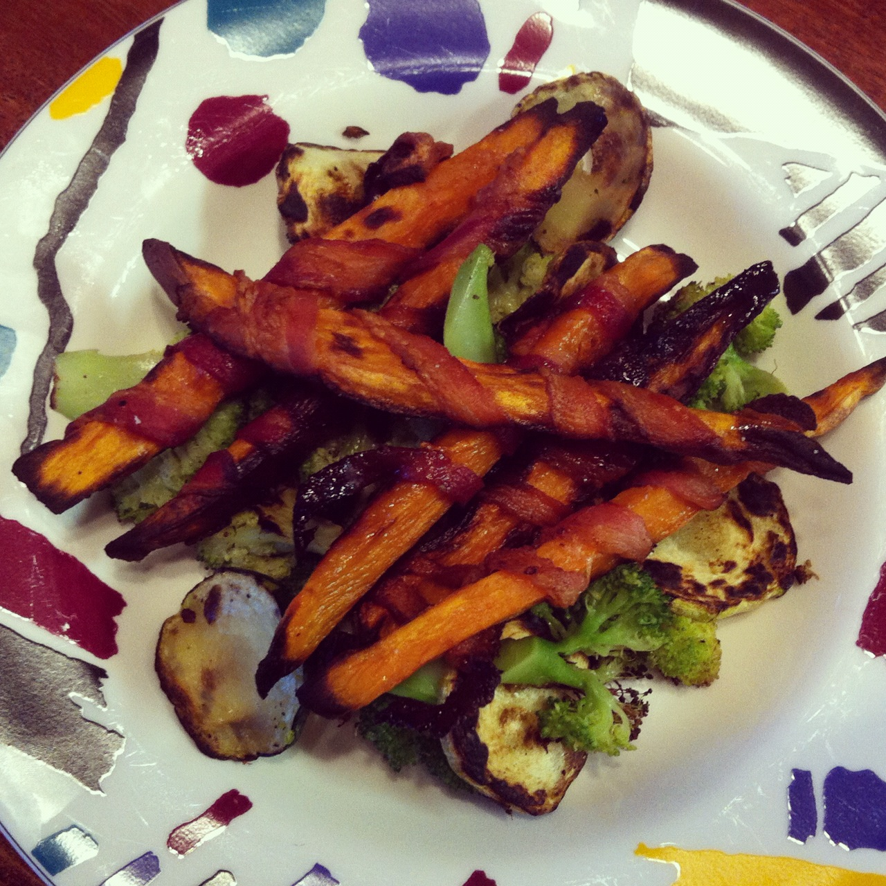 had some sweet potatoes in the cupboard and i love sweet potato fries ...